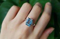 梅根戴的海蓝宝石和凯特王妃的蓝宝石有什么区别?