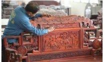 红木家具喷pe油漆好吗?